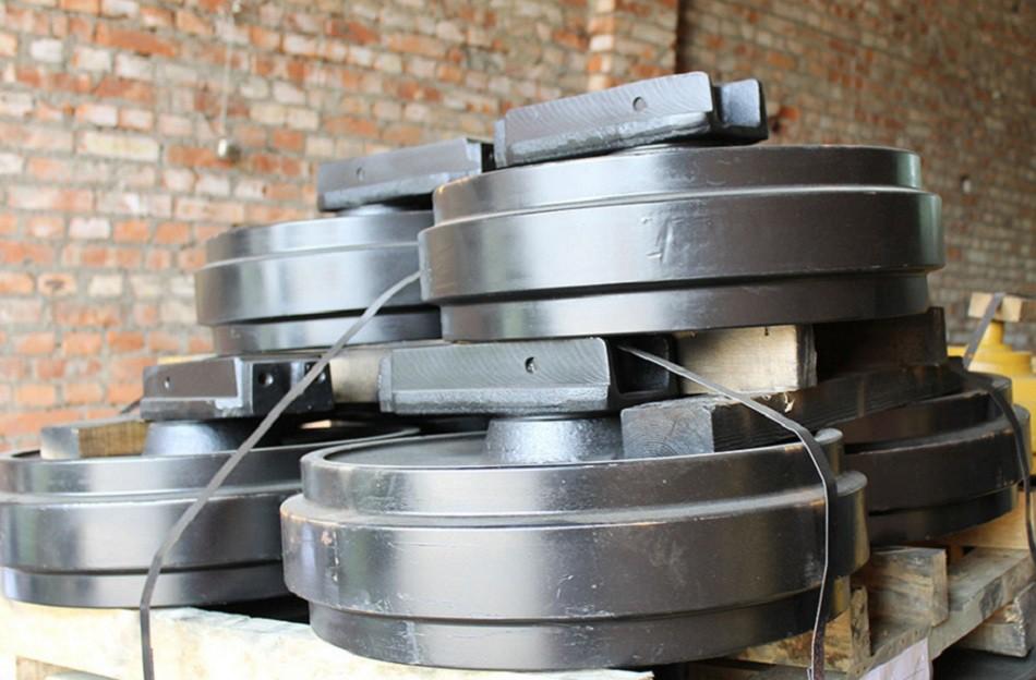 Направляющее колесо 81EM-14010