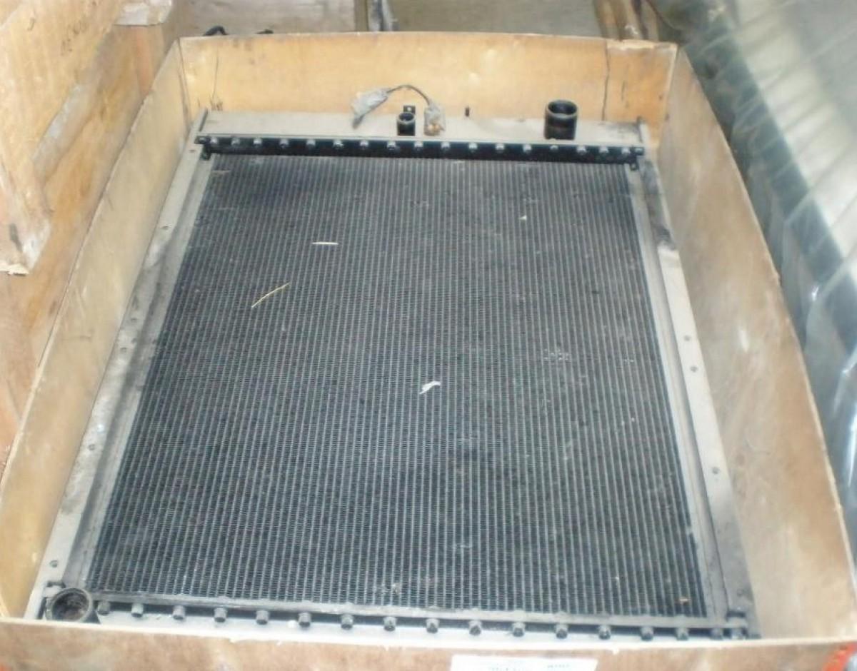 Радиатор водяной 206-03-21412