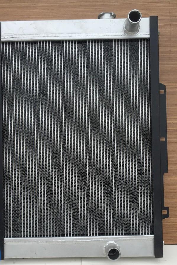 Радиатор водяной 11N6-43190