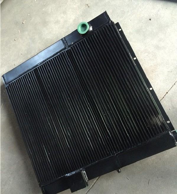 Радиатор водяной 13B81000A