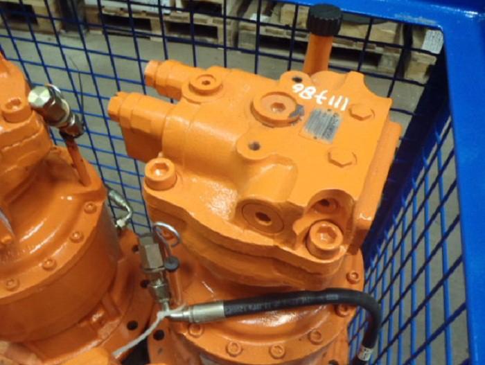 Гидромотор поворота 401-00391