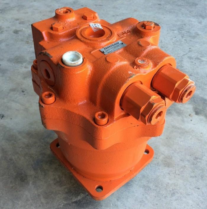 Гидромотор поворота K1000697A