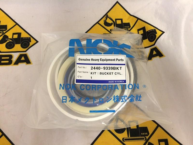 Ремкомплект гидроцилиндра ковша 2440-9339BKT