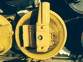 Колесо направляющее Komatsu 154-30-00771