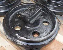 Колесо направляющее Hitachi 9154166
